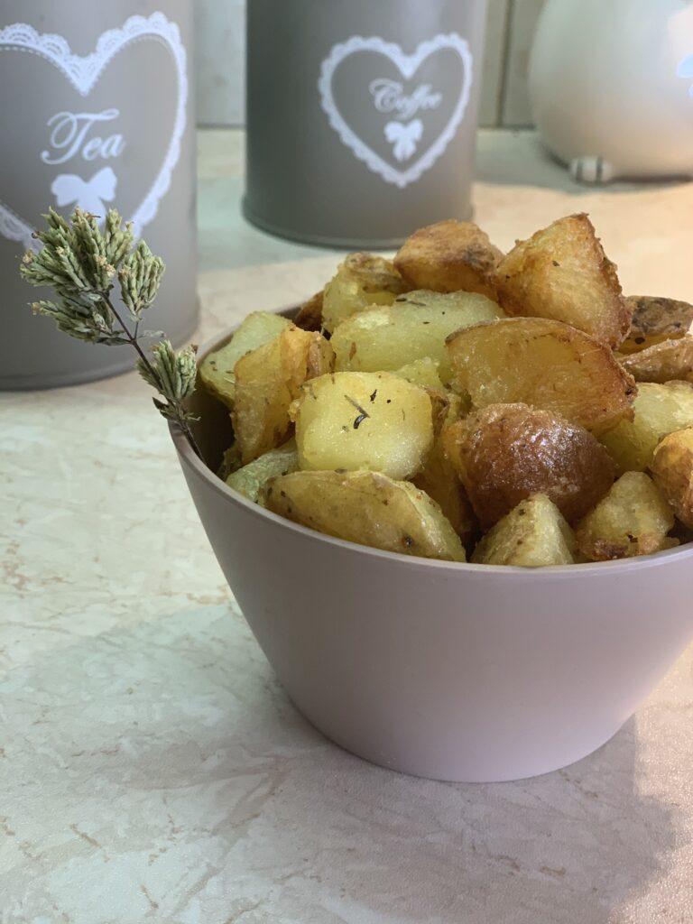 πατάτες country style